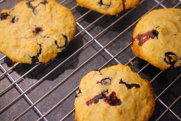 Place cookies on a cooling rack. Photo by Danielle Bussell